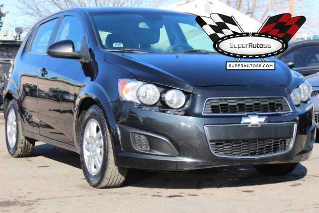 Chevrolet Sonic 2014 $5950.00 incacar.com