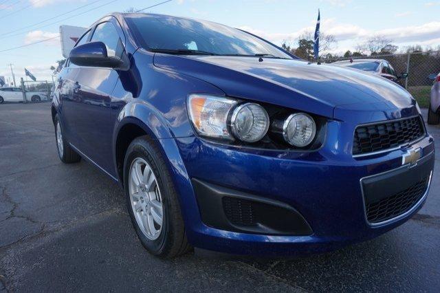 Chevrolet Sonic 2014 $6959.00 incacar.com