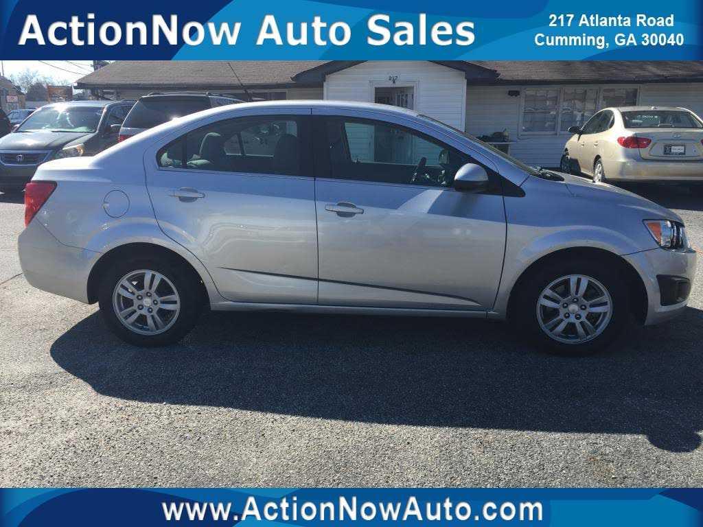 Chevrolet Sonic 2014 $6295.00 incacar.com