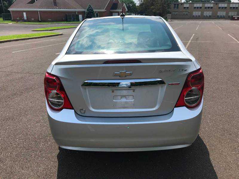 used Chevrolet Sonic 2015 vin: 1G1JE5SB4F4111338