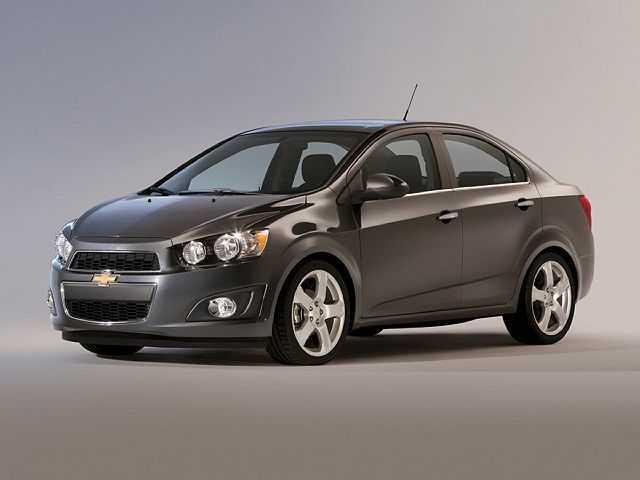 Chevrolet Sonic 2015 $4365.00 incacar.com