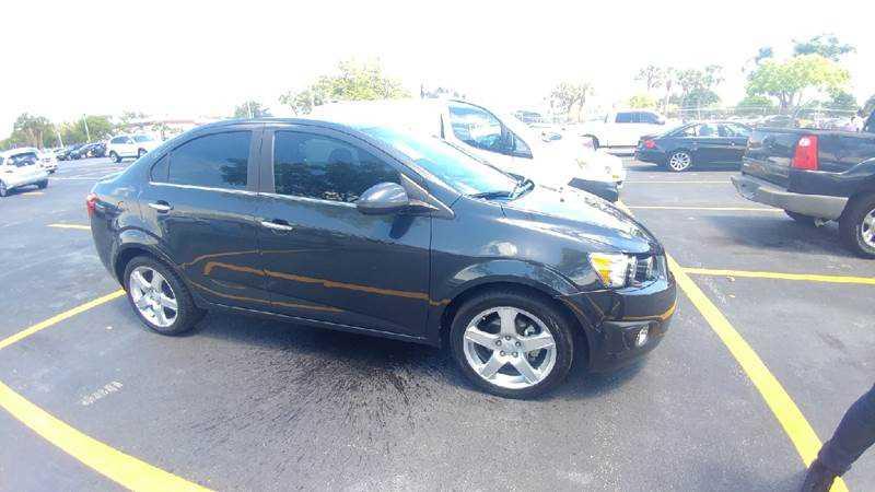 Chevrolet Sonic 2015 $7454.00 incacar.com