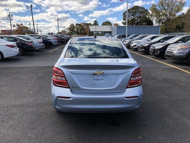Chevrolet Sonic 2017 $11900.00 incacar.com