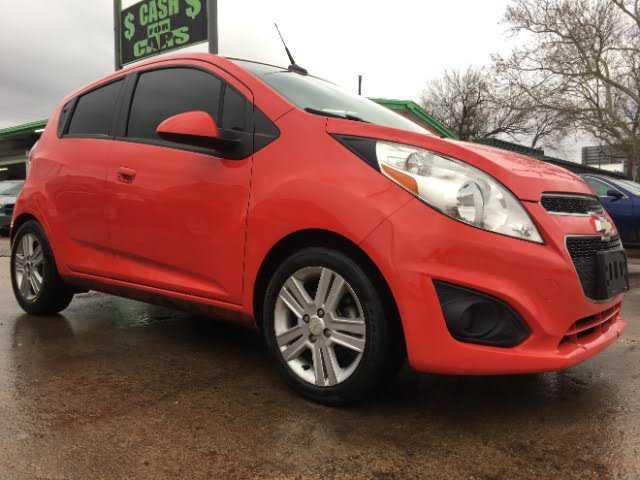 Chevrolet Spark 2013 $2950.00 incacar.com