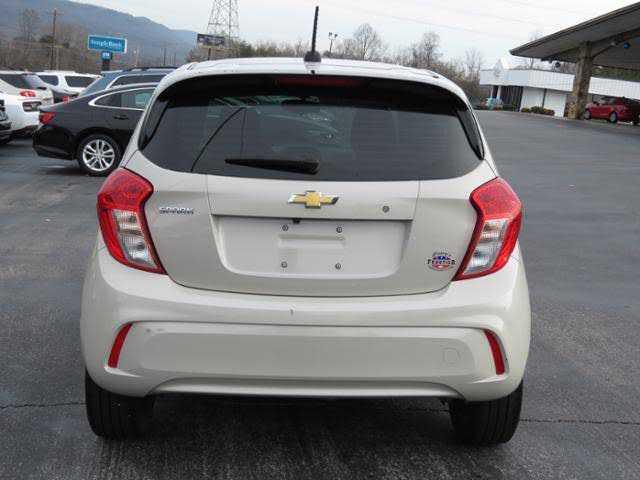 Chevrolet Spark 2017 $8995.00 incacar.com