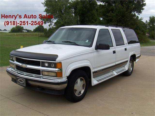 Chevrolet Suburban 1999 $1700.00 incacar.com