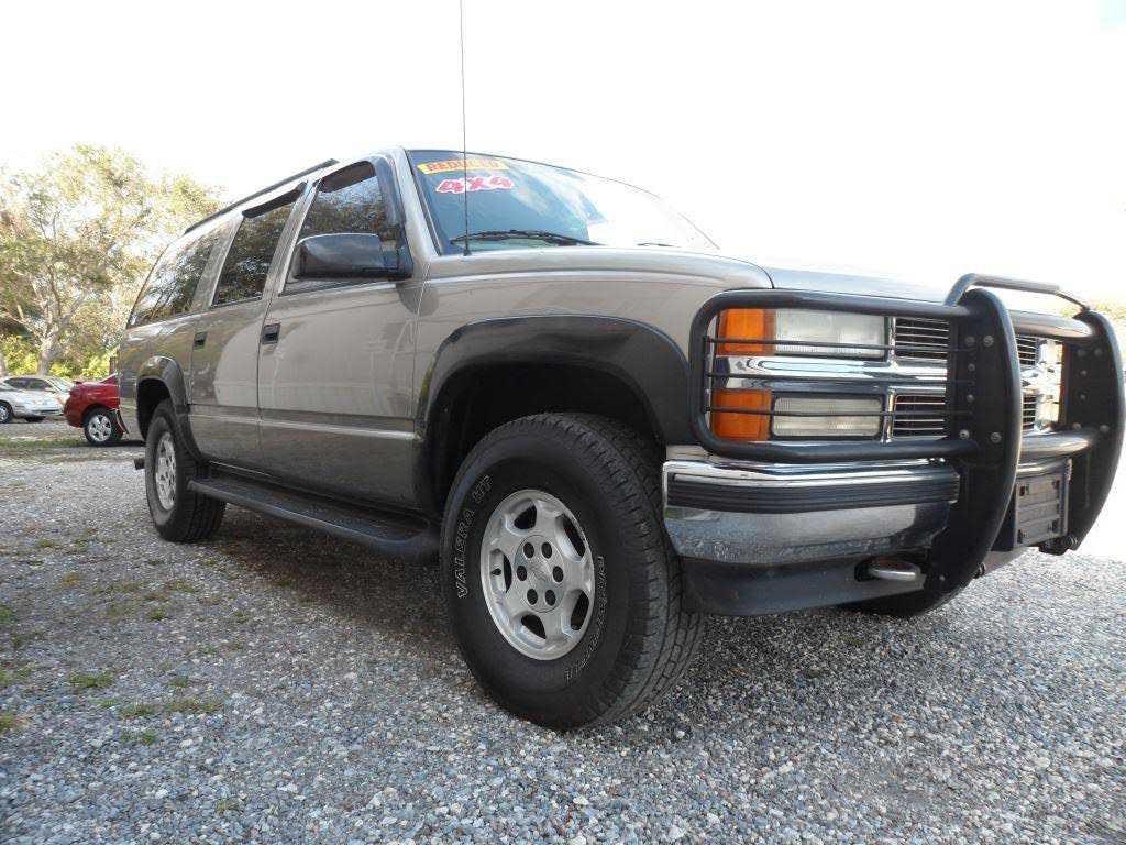 Chevrolet Suburban 1999 $6450.00 incacar.com