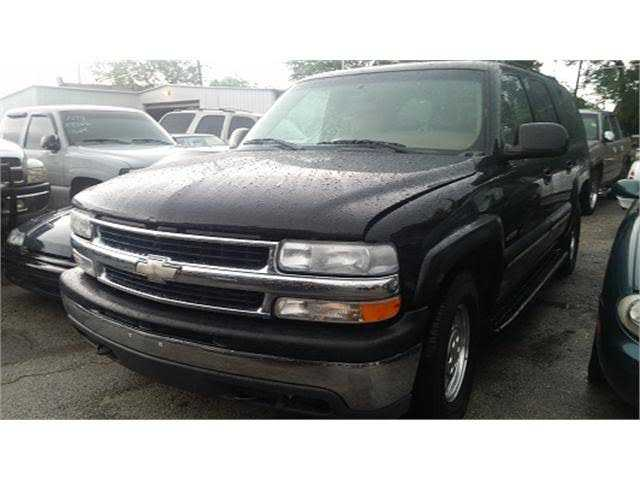 Chevrolet Suburban 2000 $2000.00 incacar.com