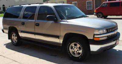 Chevrolet Suburban 2002 $4995.00 incacar.com
