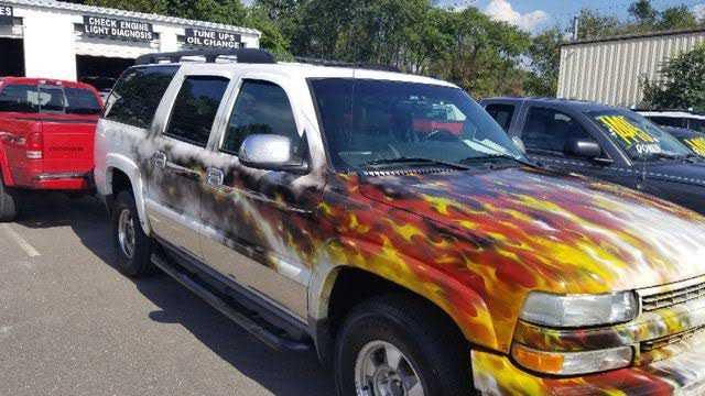 Chevrolet Suburban 2002 $3995.00 incacar.com