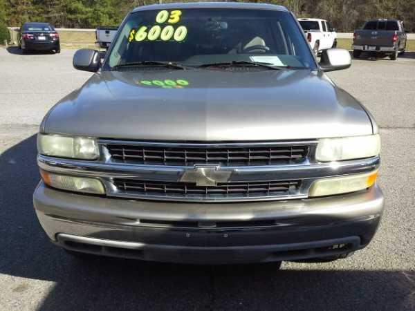 Chevrolet Suburban 2003 $5995.00 incacar.com