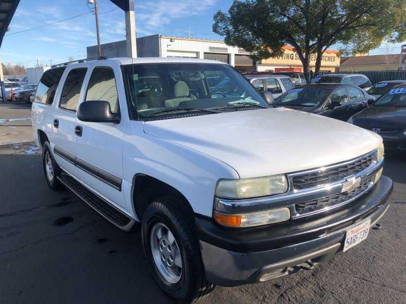 Chevrolet Suburban 2003 $7695.00 incacar.com