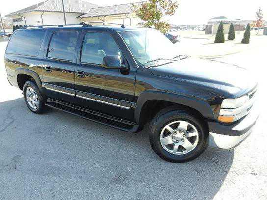 Chevrolet Suburban 2004 $5500.00 incacar.com