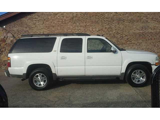 Chevrolet Suburban 2004 $4900.00 incacar.com