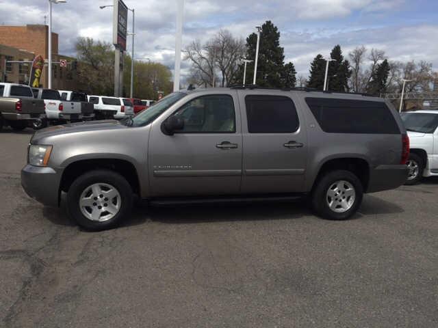 Chevrolet Suburban 2008 $8922.00 incacar.com