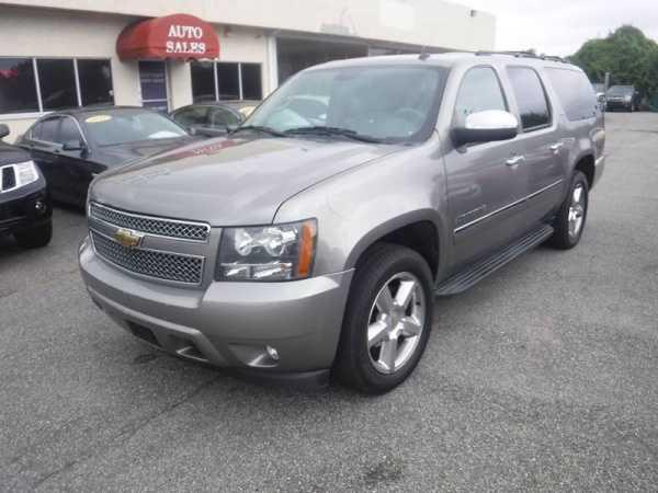 Chevrolet Suburban 2009 $12980.00 incacar.com