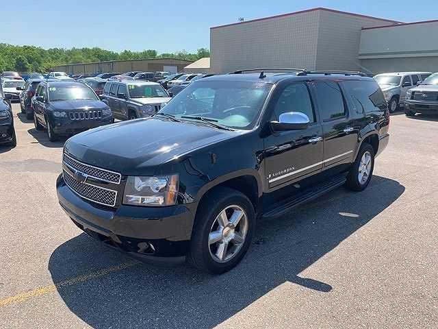 Chevrolet Suburban 2009 $13500.00 incacar.com