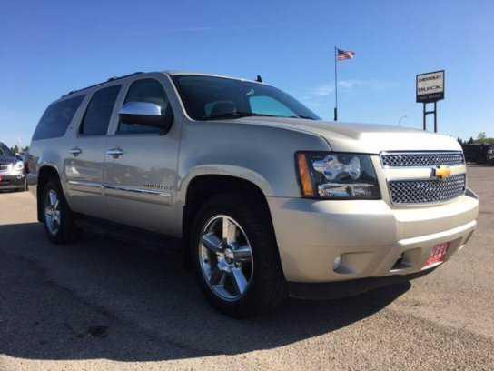 Chevrolet Suburban 2013 $28995.00 incacar.com