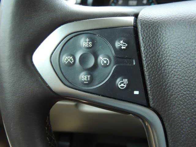 Chevrolet Suburban 2015 $40995.00 incacar.com