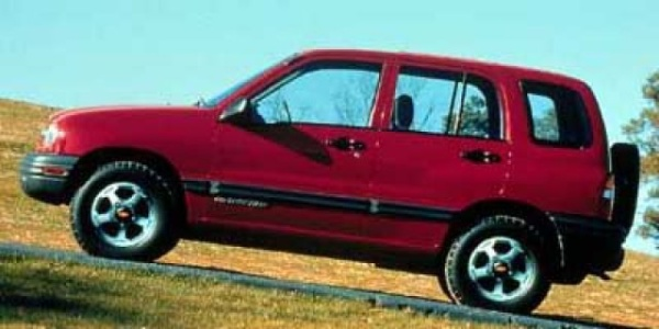 Chevrolet Tracker 2000 $3900.00 incacar.com