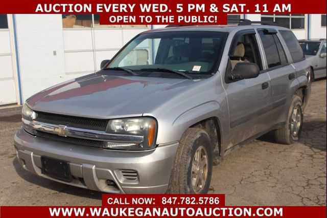 used Chevrolet Trailblazer 2005 vin: 1GNDT13S952362777