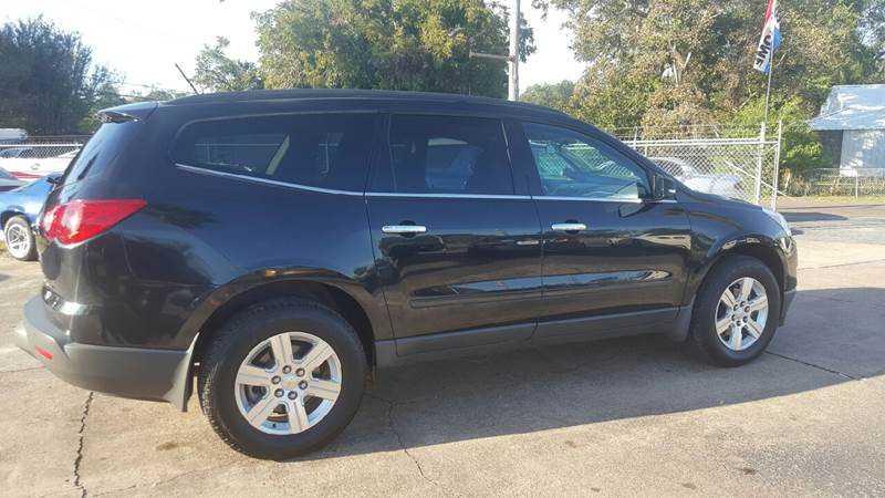 Chevrolet Traverse 2012 $10995.00 incacar.com