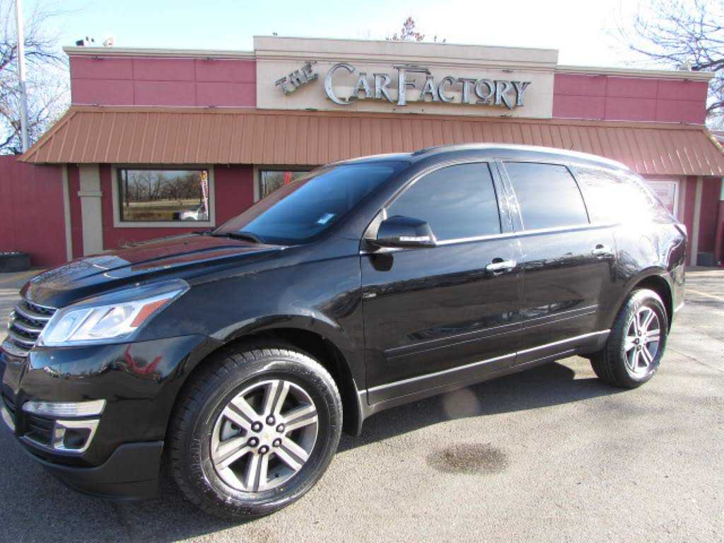 Chevrolet Traverse 2017 $21990.00 incacar.com