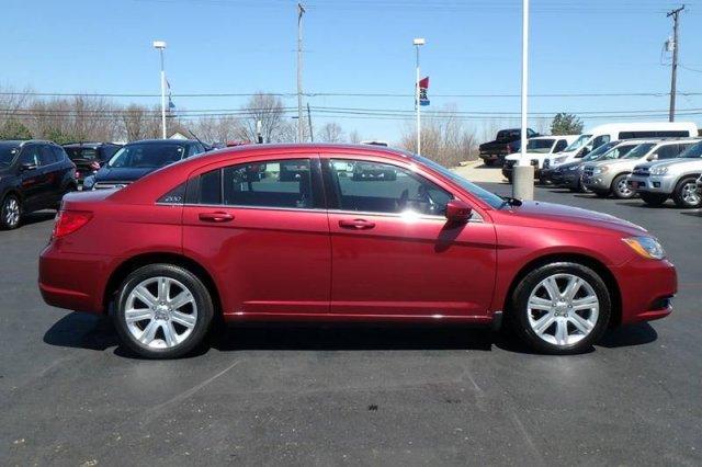 Chrysler 200 2012 $9688.00 incacar.com