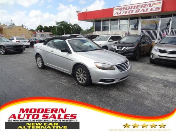 Chrysler 200 2012 $4595.00 incacar.com