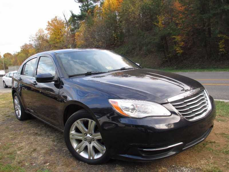 Chrysler 200 2012 $4900.00 incacar.com