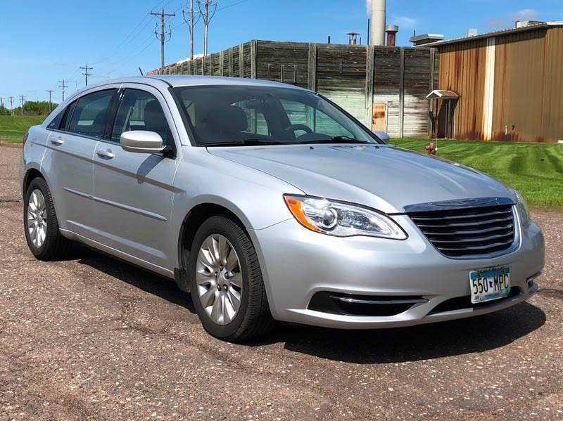 Chrysler 200 2012 $3600.00 incacar.com
