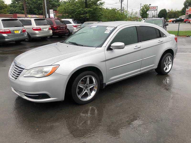 Chrysler 200 2012 $2995.00 incacar.com