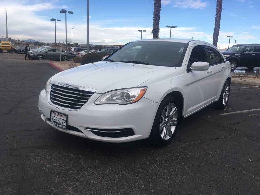 Chrysler 200 2013 $3987.00 incacar.com