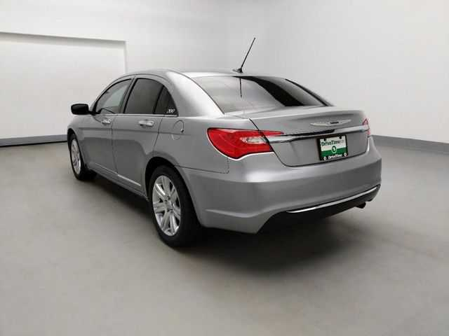 Chrysler 200 2013 $9795.00 incacar.com
