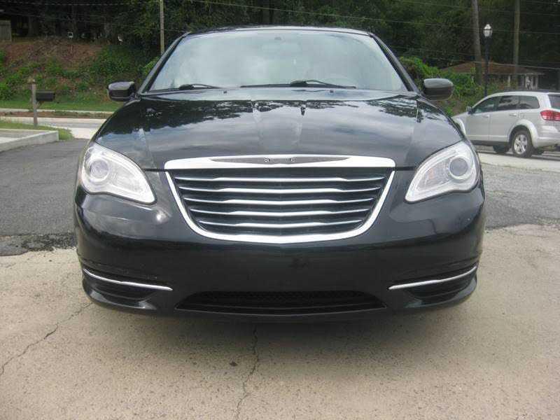 Chrysler 200 2013 $4500.00 incacar.com