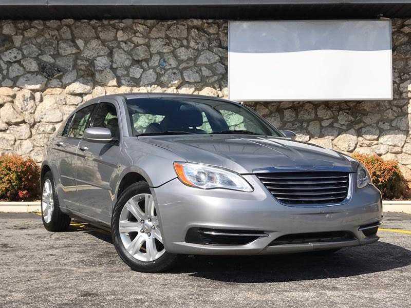Chrysler 200 2013 $2995.00 incacar.com