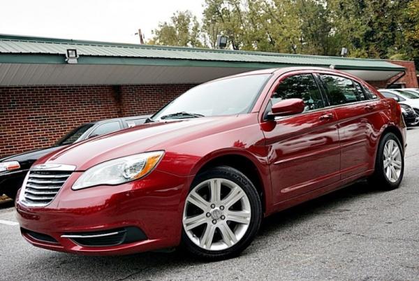 Chrysler 200 2013 $4900.00 incacar.com