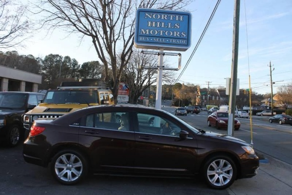 Chrysler 200 2013 $5999.00 incacar.com