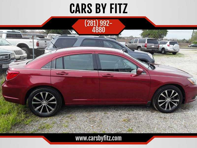 used Chrysler 200 2013 vin: 1C3CCBBG5DN720384