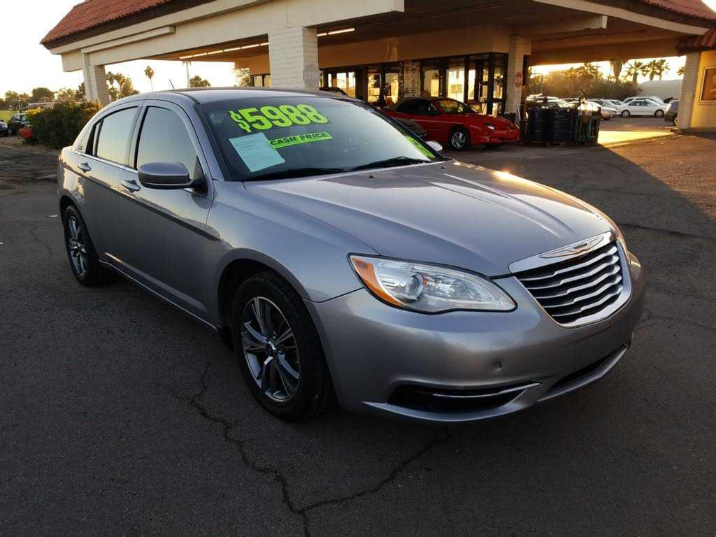 Chrysler 200 2013 $4988.00 incacar.com