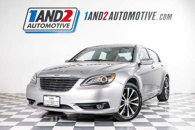 Chrysler 200 2013 $4988.00 incacar.com
