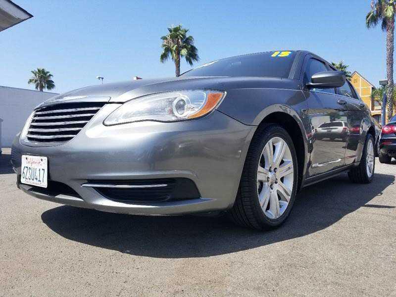 Chrysler 200 2013 $5495.00 incacar.com