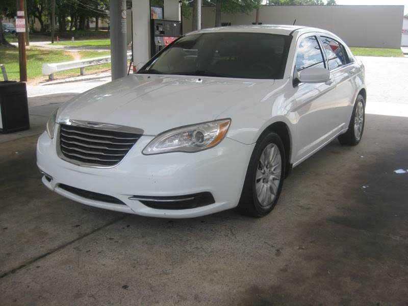 Chrysler 200 2014 $4000.00 incacar.com