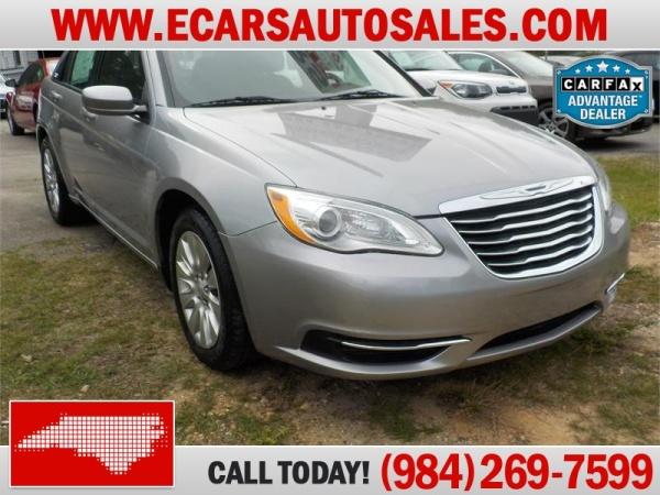 Chrysler 200 2014 $7499.00 incacar.com