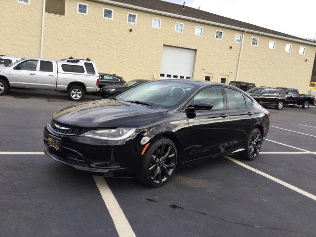 Chrysler 200 2015 $14988.00 incacar.com