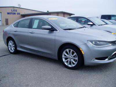 Chrysler 200 2015 $14500.00 incacar.com
