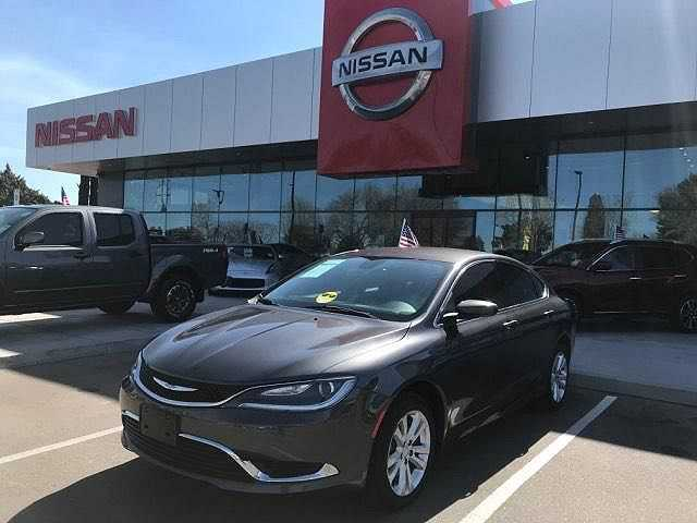 Chrysler 200 2015 $12995.00 incacar.com