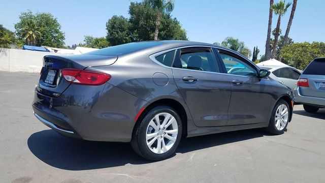 Chrysler 200 2015 $10995.00 incacar.com