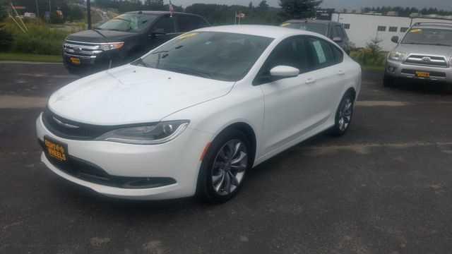 Chrysler 200 2016 $18499.00 incacar.com