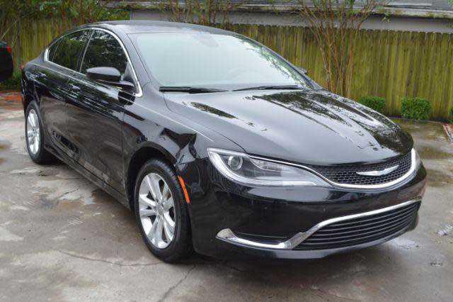 Chrysler 200 2016 $6995.00 incacar.com